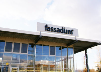 Fassadium Leuchtreklame-Werbeagentur-Priss